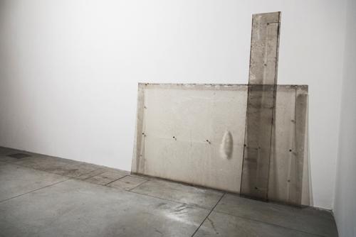 8+1 – Serena Fineschi – Paesaggio - Policarbonato compatto, residui atmosferici, respiri condensati – BBS – Prato, 2013 – ph: Lucilla Bellini
