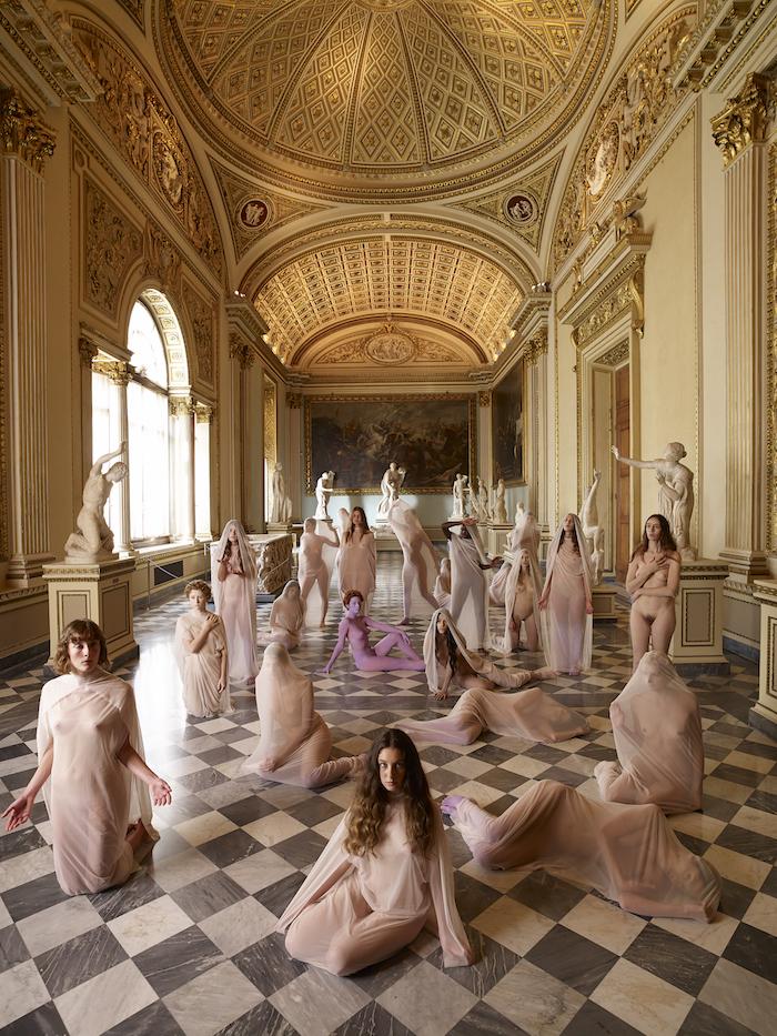 Vanessa Beecroft – Firenze Suona Contemporanea – Performance Uffizi – Crediti fotografici Riccardo Cavallari