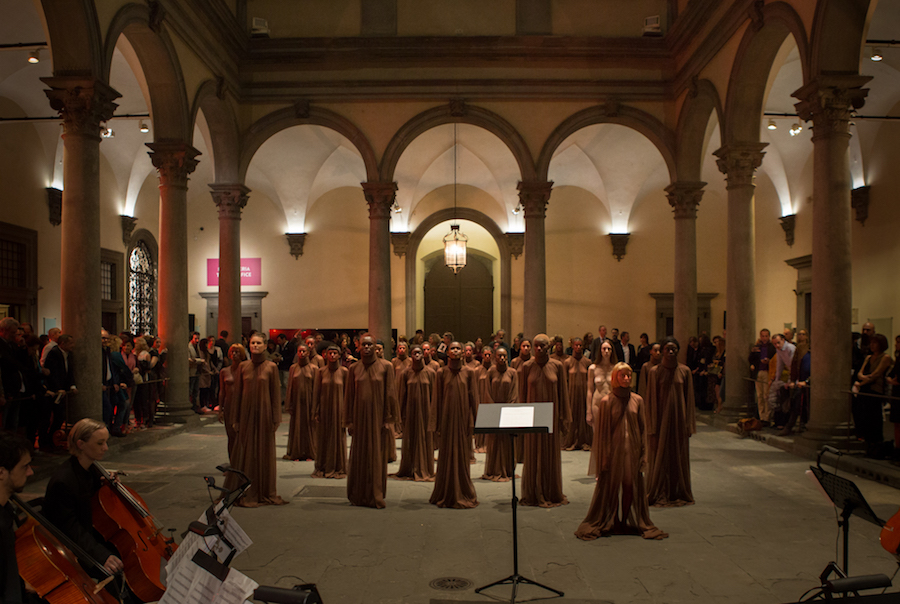 Vanessa Beecroft, VB83 – Firenze Palazzo Strozzi 2017 – Foto Riccardo Cavallari